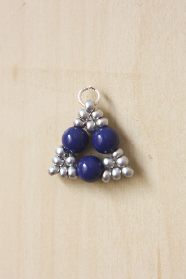 Beaded Triangle Earrings DIY Tutorial
